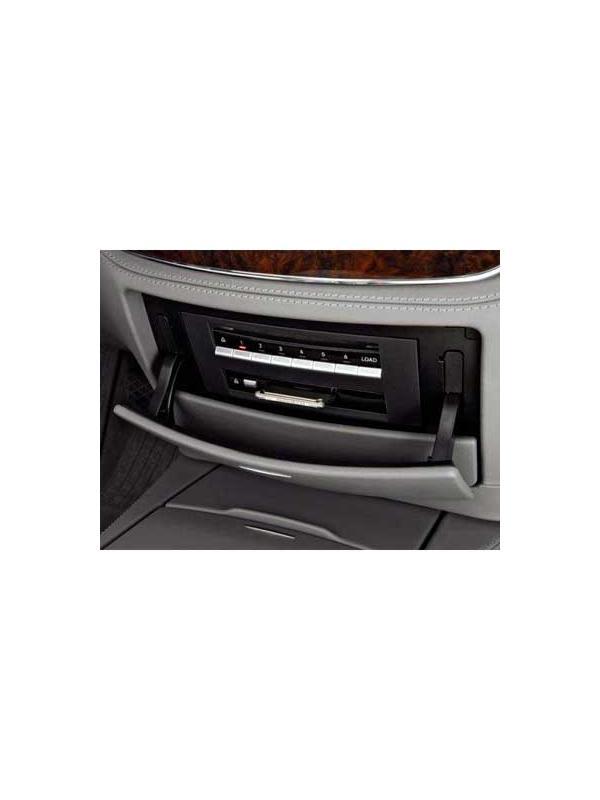 Comand APS NTG3 v16 2018 [1 x DVD Europa] - Última versión disponible de la actualización en DVD de mapas para los navegadores Mercedes Benz Comand APS NTG3 con cargador de 6 discos DVD para modelos Clase S W221/V221 y Clase CL C216.